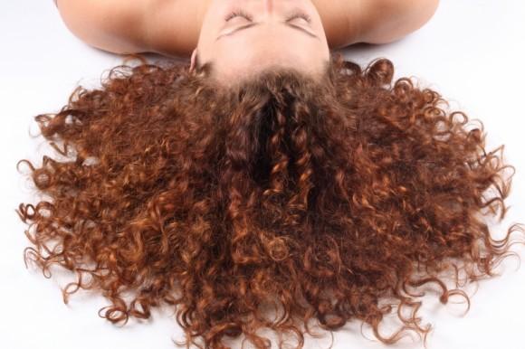 Polskie odkrycie w prewencji wypadania włosów