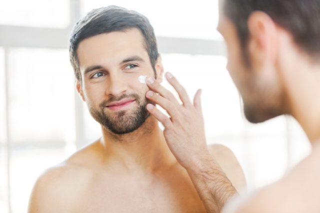 Nawilżający krem do twarzy dla mężczyzn. Sekret miękkiej i gładkiej skóry