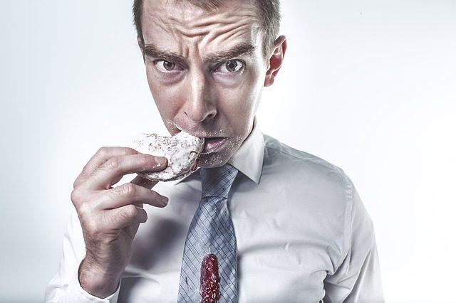 Dysfagia – czym są problemy z przełykaniem?
