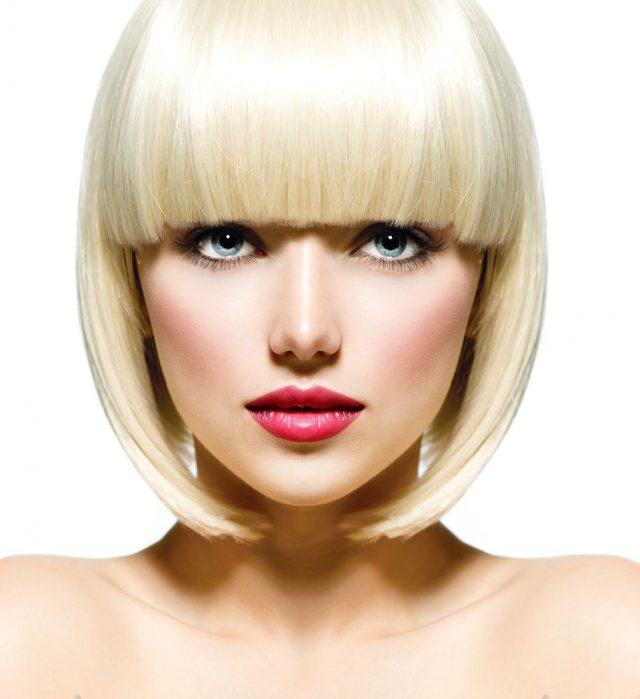 Fryzjerskie usługi – czego możemy oczekiwać? Jak dbać o włosy u fryzjera?