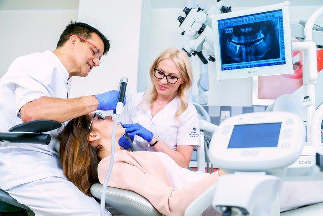 Implanty – co warto o nich wiedzieć?