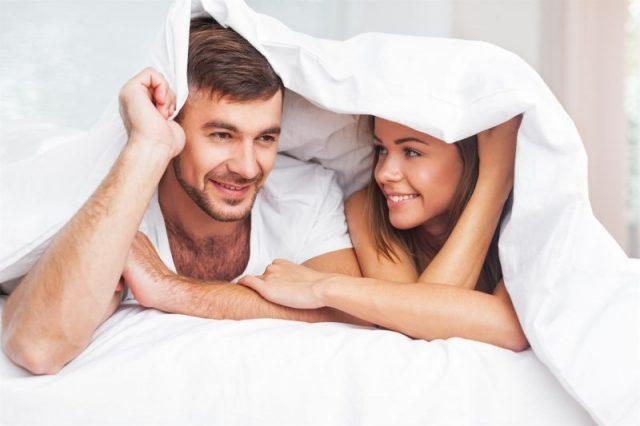 Rozmowy intymne – jak dzielić się z partnerem swoimi potrzebami?