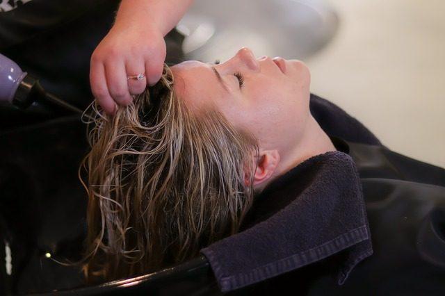 Dermokosmetyki do pielęgnacji włosów i skóry